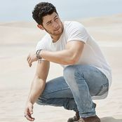 Nick Jonas – Watch Me